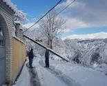 Dragaš: Nakon snježnog nevrjemena pojedina sela u Gori treći dan bez struje