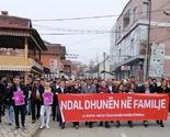 Dragaš: Održan marš  protiv nasilja u porodici