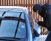 Zameniku glavnog tužioca Prištine ukraden službeni automobil iz dvorišta njegove kuće