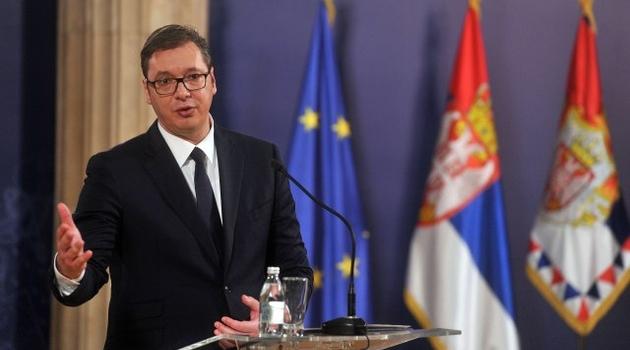 Vučić: Saterani smo u ćošak