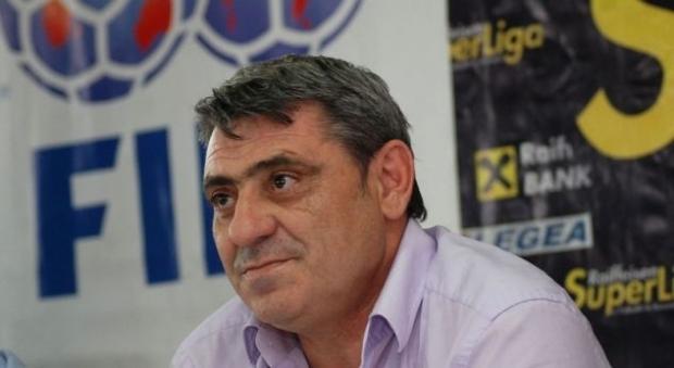 Preminuo Fadilj Vokri