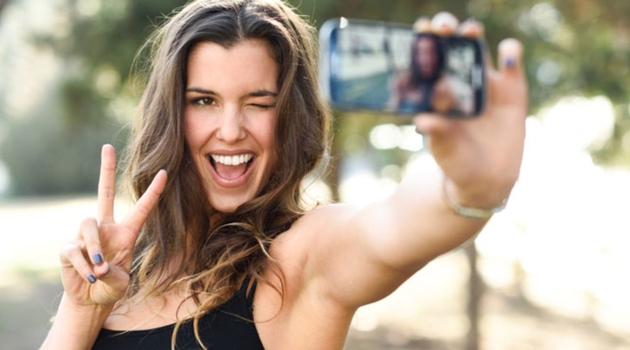 Šest stvari koje na Facebooku objavljuju ljudi sa manjkom samopouzdanja