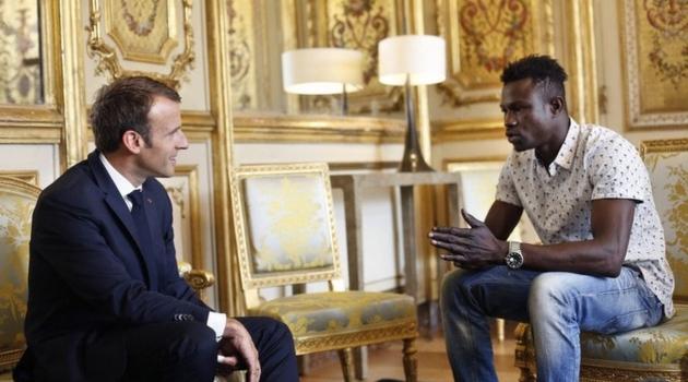 Dobit će francusko državljanstvo i posao