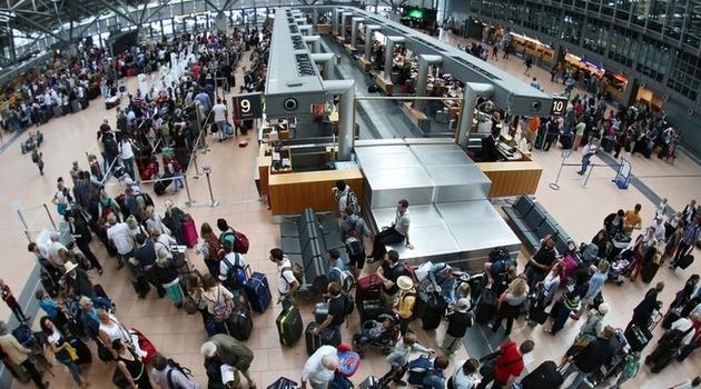 Aerodrom u Hamburgu ostao bez struje, otkazano 200 letova