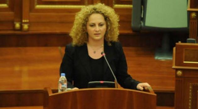 """Poslanica Kosova: Od nove godine i djeca će dobijati """"platu"""""""