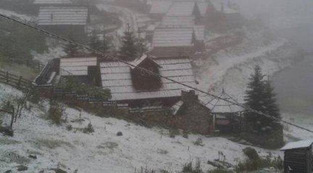 Snijeg se zabijelio na Vlašiću i Prokoškom jezeru