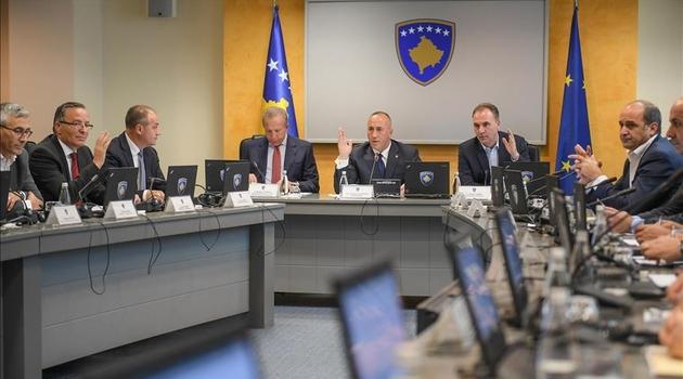 Vlada Kosova uvela porez od 10 posto na uvoz svih proizvoda iz Srbije i BiH