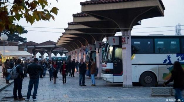 Za pet godina više od 170.000 ljudi napustilo Kosovo