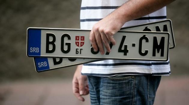 Najava novih mjera protiv Srbije: Zabrana za vozila sa srbijanskim tablicama