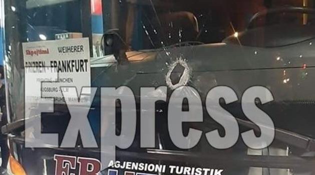 Autobus iz Prizrena kamenovan kod Kruševca, nema povređenih