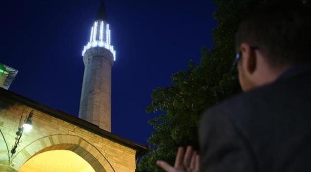 Noćas je Lejletul-Regaib (noć želja), kako se obilježava ova noć?