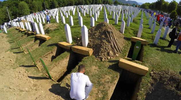 Svakog 11. jula isti košmar: Bol i uvrede
