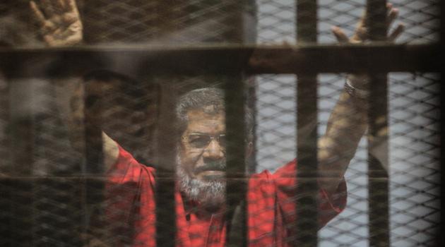 ŠOK U EGIPTU Bivši predsednik Mohamed Morsi umro TOKOM SUĐENJA