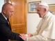 """Haradinaj sa papom Franjom: """"Poklon od naroda Kosova, zahtev za priznanjem"""""""